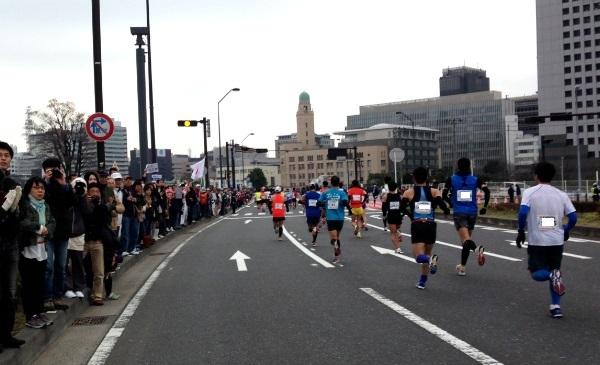 横浜マラソン2015スタート