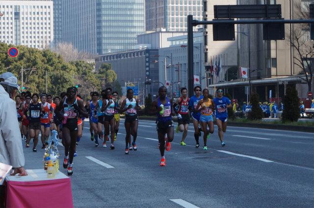 東京マラソン2016 女子先頭集団